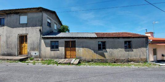 Moradia cinza em Gamil para restauro